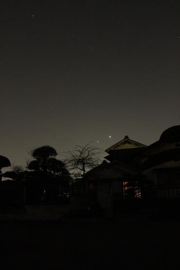 西空に並ぶ金星と木星 2012年3月14日