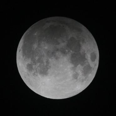 半影月食 2012年11月28日 23:33