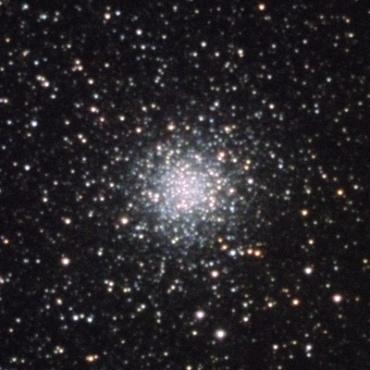 へびつかい座の球状星団M9