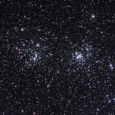 ペルセウス座の『二重星団h-χ』