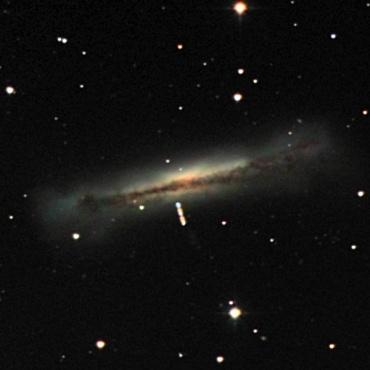 系外銀河NGC3628と小惑星Aquitania