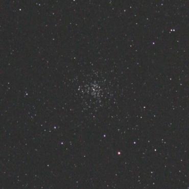 ぎょしゃ座の散開星団M37