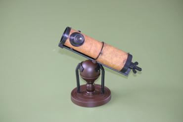 「大人の科学」ふろくのニュートン式反射望遠鏡