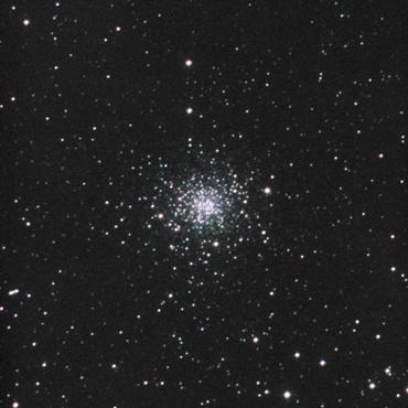 へびつかい座の球状星団M107