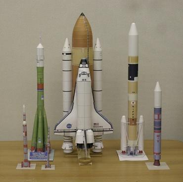 1/100スケールペーパークラフトによるロケットたち 2009年11月17日