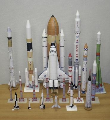 1/100スケールペーパークラフトによるロケットたち 2010年2月12日