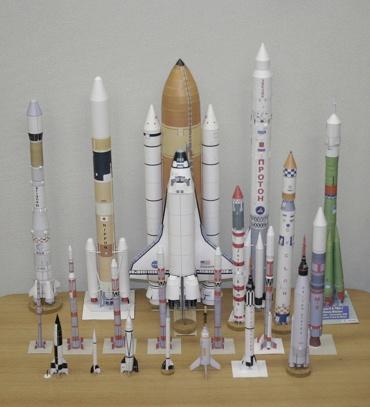 1/100スケールペーパークラフトによるロケットたち 2010年1月12日