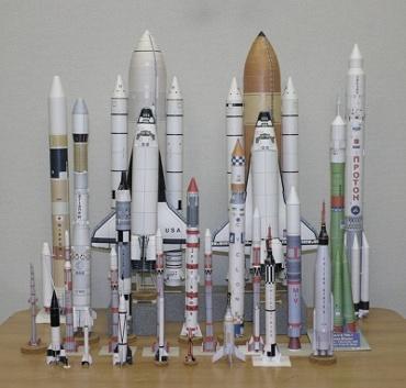 1/100スケールペーパークラフトによるロケットたち 2010年2月8日