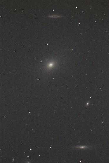 おとめ座の系外銀河M86付近