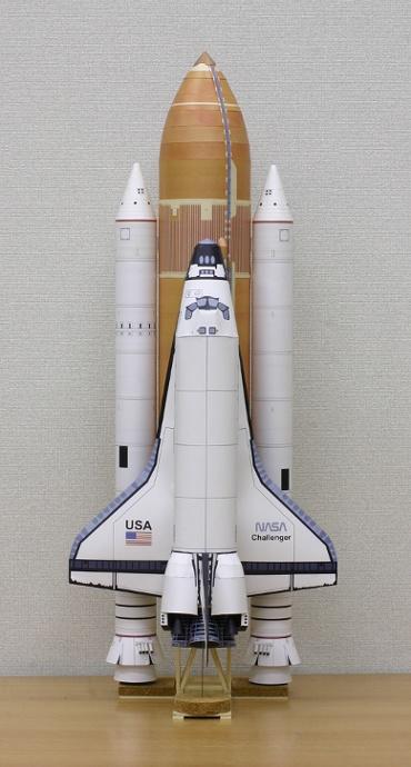1/100スケールペーパークラフトによる スペースシャトル チャレンジャー(STS-6)
