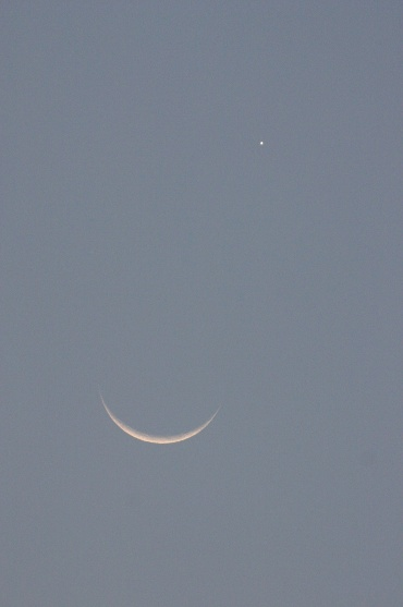 月と金星の接近 2010年5月16日 18:47頃