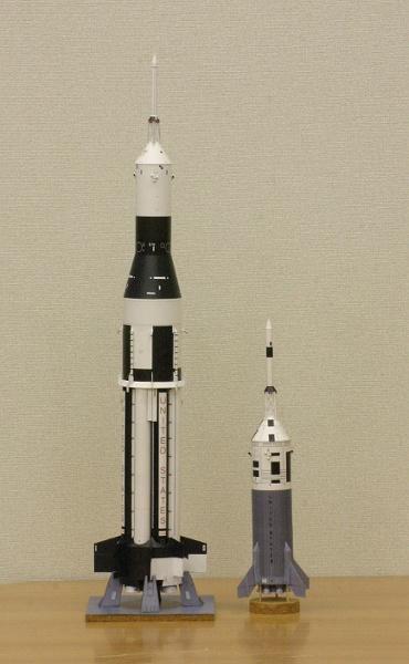 1/100スケールペーパークラフトによるアポロ計画のロケットたち 2010年4月13日