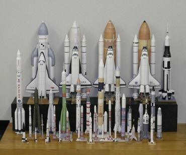 1/100スケールペーパークラフトによるロケットたち 2010年5月23日