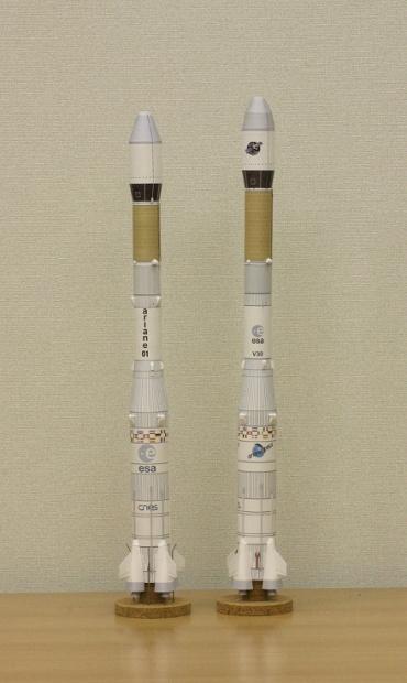 1/100スケールペーパークラフトによる アリアンシリーズロケット 2010年5月29日