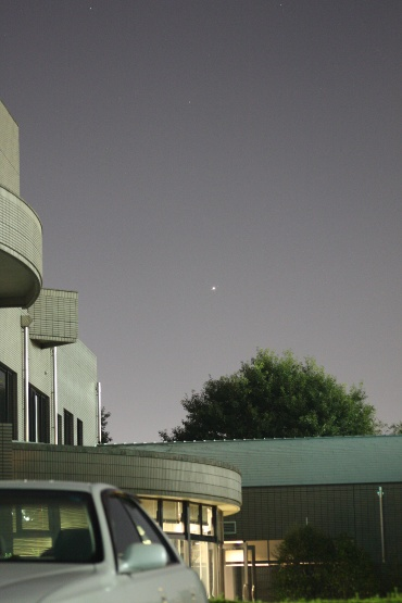 昇ってくる木星 2010年9月17日