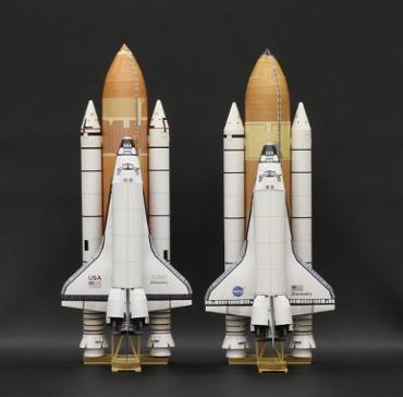 1/100スケールペーパークラフトによるスペースシャトル ディスカバリー(STS-41DとSTS-128)