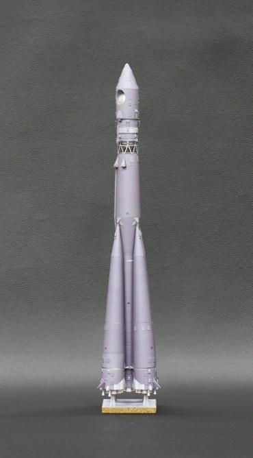 1/100スケールペーパークラフトによる R-7 ヴォストーク