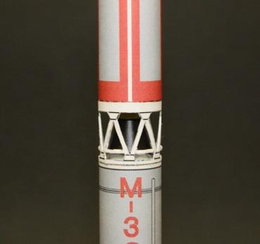 1/100スケールペーパークラフトによる Μ-3C-1 第一段〜第二段接続部分