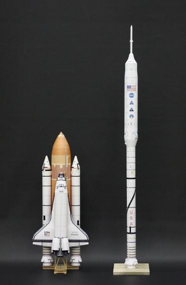 1/100スケールペーパークラフトによる スペースシャトル(STS-41D ディスカバリー) と アレス Ⅰ-X
