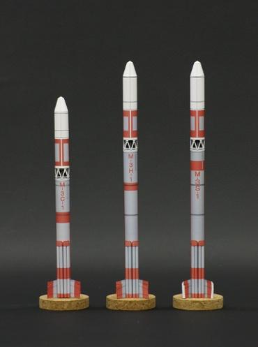 1/100スケールペーパークラフトによる Μ-3ロケットシリーズ