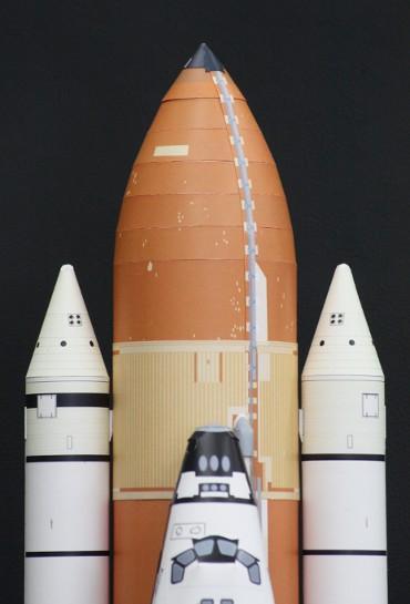 1/100スケールペーパークラフトによる 「ET-122」(上部)