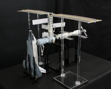 1/100スケールペーパークラフトによる 国際宇宙ステーション(2001年4月24日の状態 その2)