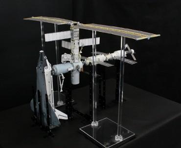 1/100スケールペーパークラフトによる 国際宇宙ステーション(2001年4月24日の状態 その3)