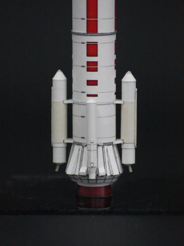J-Iロケット下部のサイドジェット装置