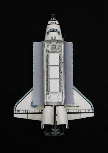 1/100スケールペーパークラフトによる STS-113「エンデバー」