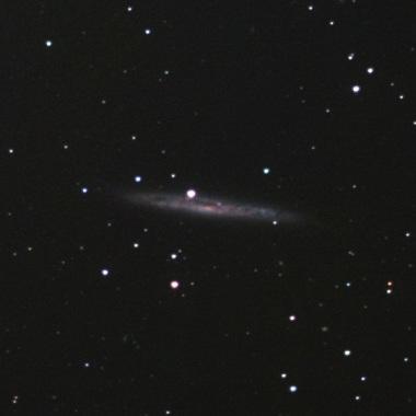 おとめ座の系外銀河NGC4517